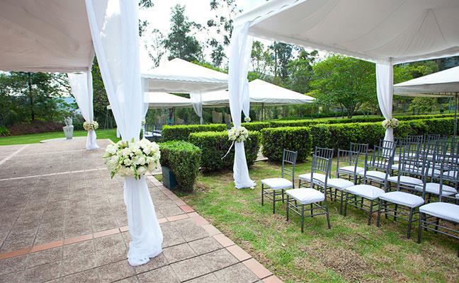 חתונה בגני אירועים
